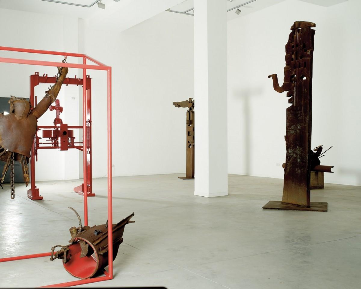 1 Exhibition View (1)