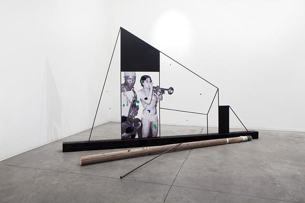 05 Lothar Hempel, Save Our Souls!, Mixed materials, 250x540 cm-600x400