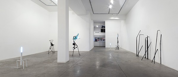 825_m-boschan-closed-space-stories1-600x260
