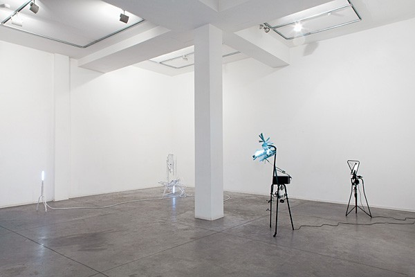 826_m-boschan-closed-space-stories2-600x400