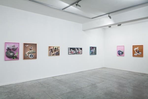 945_Nir Harel - New Family - Exhibition View 02_web-600x400